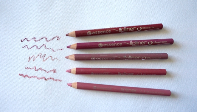 essence lip liner collection | uptherollercoaster.com