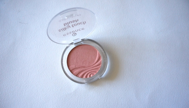 essence Silky Touch Blush in Adorable | uptherollercoaster.com