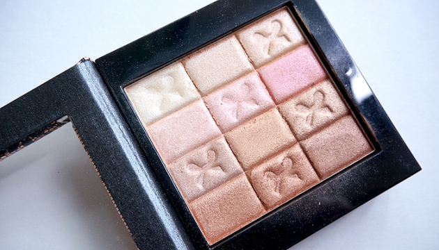 Physicians Formula Shimmer Strips All-in-1 Custom Nude Palette Review & Look | uptherollercoaster.com
