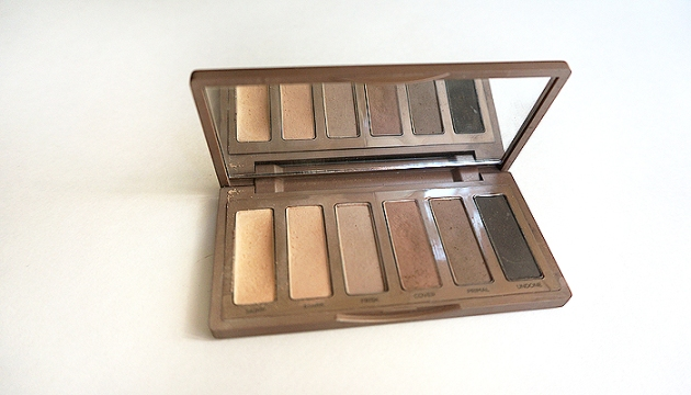 Urban Decay Naked Basics 2 Eyeshadow Palette Review & Swatches | uptherollercoaster.com
