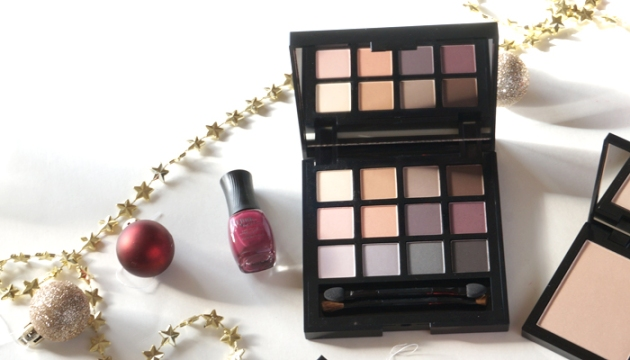 Quo Cosmetics Holiday Collection Eyeshadow Palette